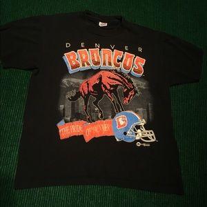 VINTAGE Denver Broncos NFL t shirt retro